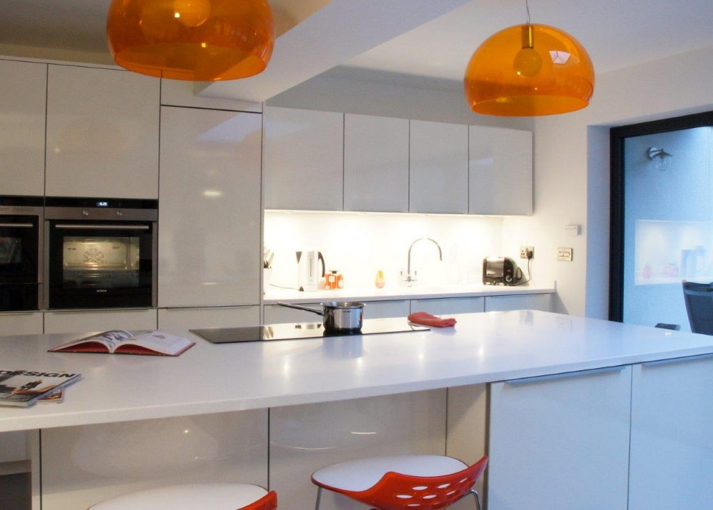 kitchen white gloss